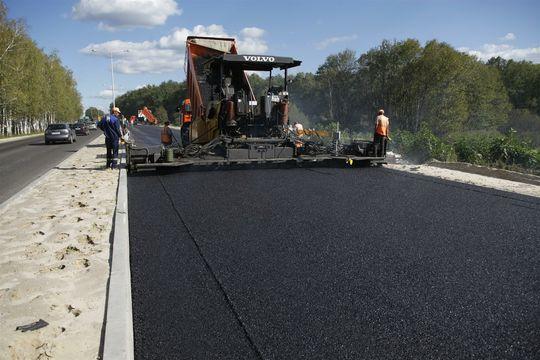Владимир Путин потребовал ускорить пересмотр устаревших стандартов строительства и ремонта дорог
