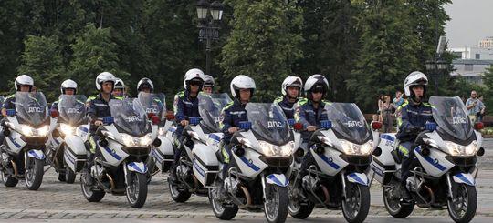 На трассах Москвы работают мотопатрули ГИБДД
