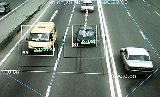 Камеры фотовидеофиксации начнут выписывать штрафы за 17 видов нарушений