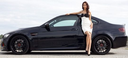 Тем, кто передвигается на автомобилях марки BMW, можно будет не платить за проезд по платной трассе М11