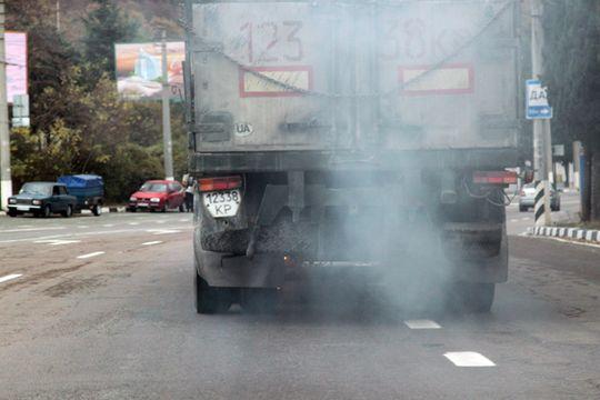 Собянин отложил до 2017 года запрет на въезд в Москву неэкологичных грузовиков