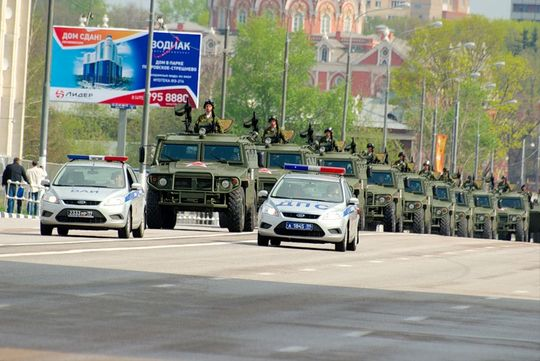 Путин подписал закон о праве военной полиции изменять организацию дорожного движения