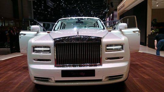 С начала 2016 года продажи люксовых автомобилей в России выросли на 21%