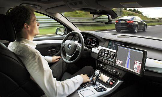 Российские автопроизводители получат специально выделенные средства на разработку беспилотных автомобилей.