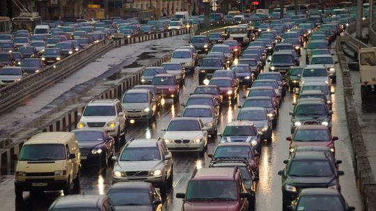 Камеры в Москве начнут фиксировать выключенные фары автомобилей