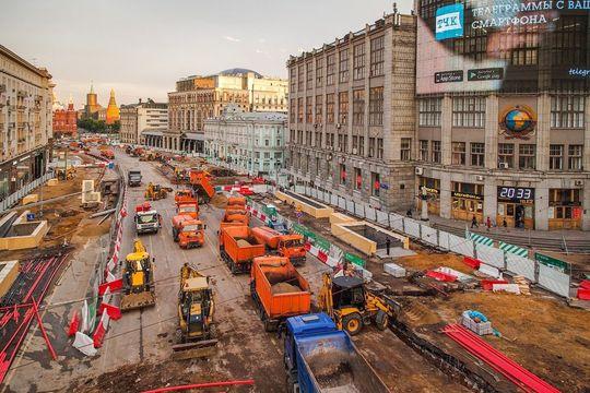 Власти Москвы обещают, что асфальт на Тверской улице продержится 3 года