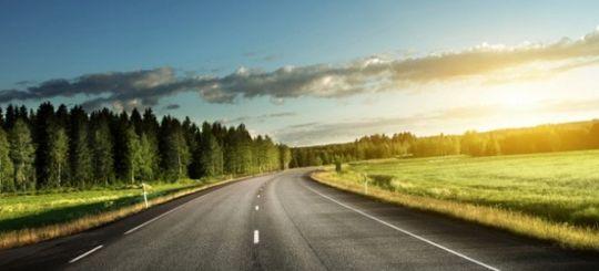 Региональные дороги в России начали ремонтировать контрабандисты