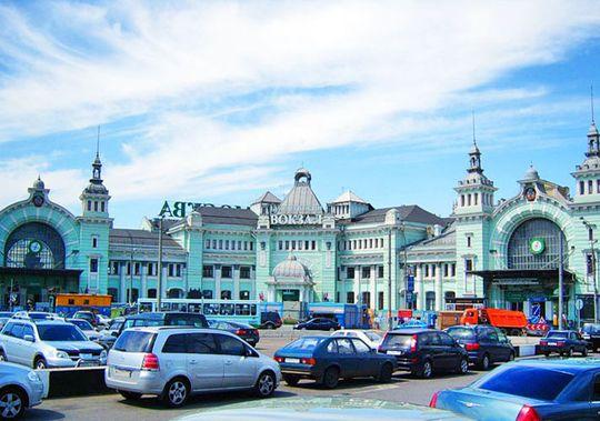 Пользователям каршеринга могут разрешить льготную парковку у ж/д вокзалов