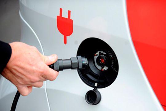 На всех российских АЗС будут заряжать электромобили
