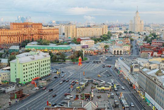 «Яндекс.Навигатор» подскажет водителям Москвы выбор полосы для маневра