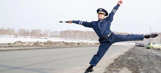 ДПС Казахстана перестанет использовать жезлы