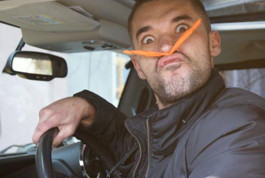 Суд отобрал права у водителя с диагнозом «шизофрения»