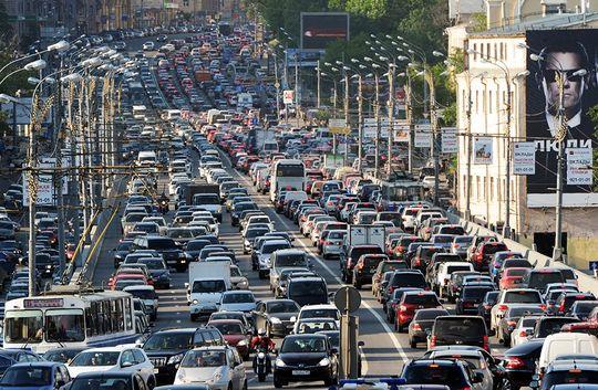 Москва заняла второе место в списке городов с самыми большими пробками