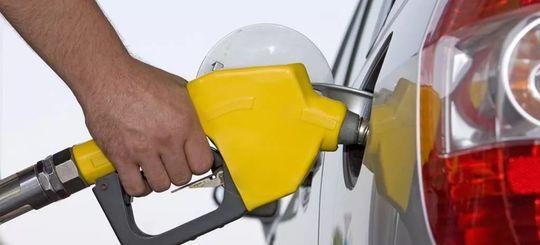 За торговлю суррогатным топливом предложили увеличить штраф в 4 раза