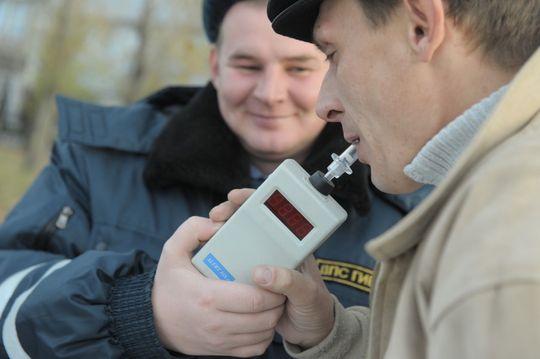 Минздрав хочет ужесточить проверку водителей на состояние опьянения