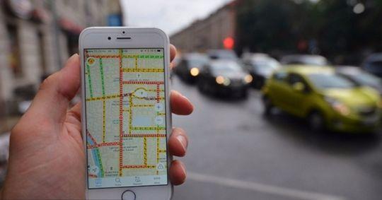 «Яндекс.Навигатор» научился находить свободные парковки