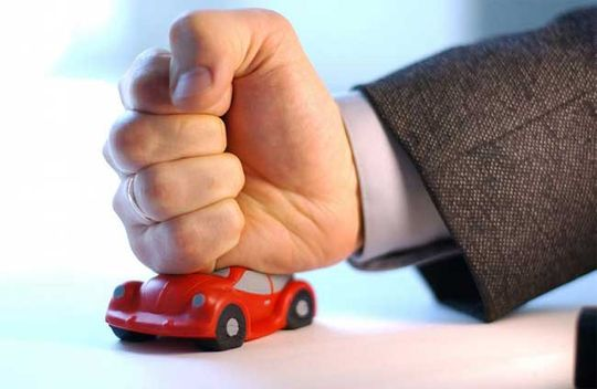 ОСАГО: как получить законную страховую выплату и не попасться на уловки страховщиков