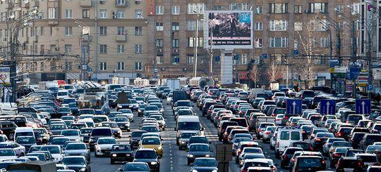 Максим Ликсутов: для комфортного движения по Москве необходимо снизить количество машин на 450–550 тысяч
