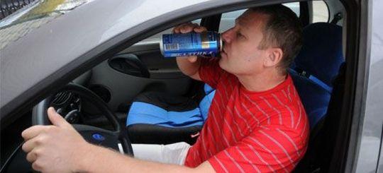 Сколько и как пили российские водители в новогодние каникулы